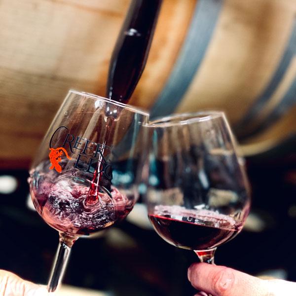 Wine-glasses-clinking